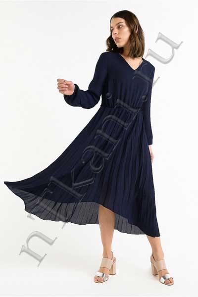 платье из бархата с рукавами