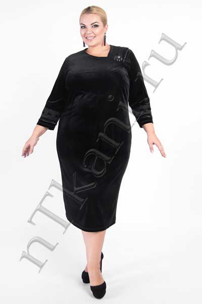 Асимметричное бархатное платье