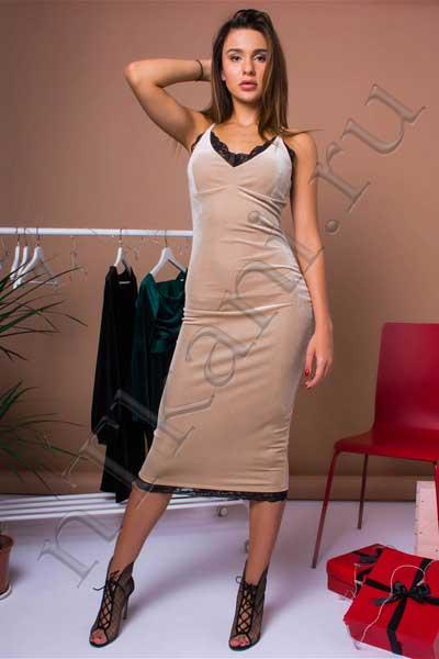 бархатное платье на бретельках
