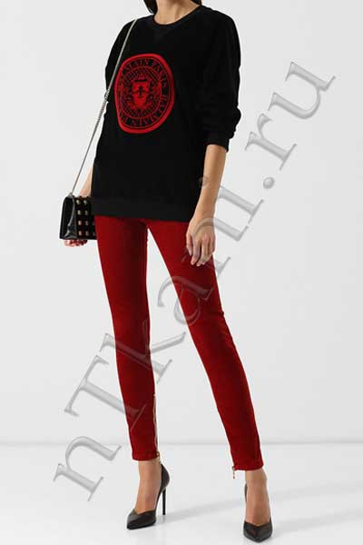 Красные бархатные штаны