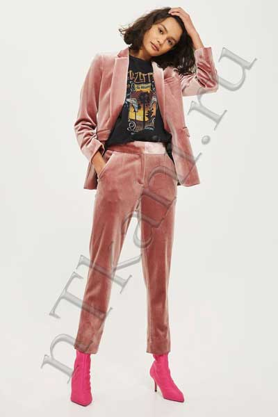 Розовые бархатные штаны