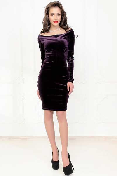 вельветовое платье футляр