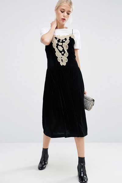 вельветовое платье с кружевом