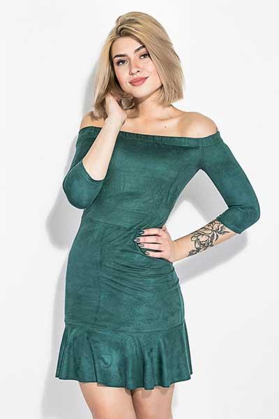 платье из вельвета опущенные плечи