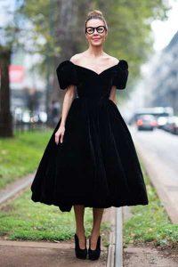 вельветовое платье с пышной юбкой