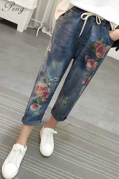 джинсы бойфренды с узором